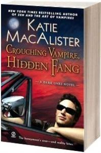 Крадущийся вампир, затаившийся клык